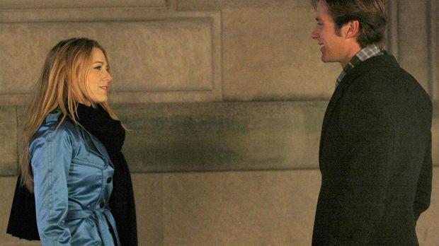 Serena (Blake Lively, l.) befürchtet, dass sie Gabriel (Armie Hammer, r.) im...