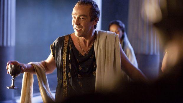 Ist begeistert vom Sieg und Ruhm des Spartakus: Batiatus (John Hannah) ... ©...