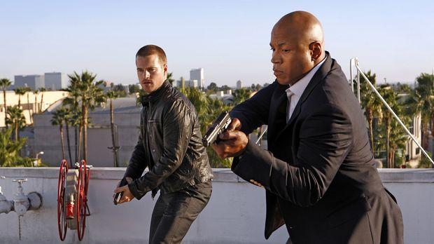 Als Abby, die Callen (Chris O'Donnell, l.) und Sam (LL Cool J, r.) in einem n...