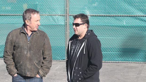 Im Rahmen einer Promotion-Aktion für Outdoor Man, trifft Mike (Tim Allen, l.)...
