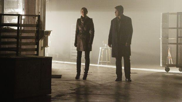 Ein neuer Mordfall wartet auf Kate Beckett (Stana Katic, l.) und Richard Cast...