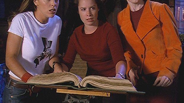 Zum ersten Mal setzten Phoebe (Alyssa Milano, l.), Piper (Holly Marie Combs,...