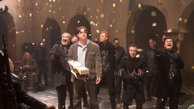 Tintenherz - In Capricorns (Andy Serkis, l.) Festung wird Mo (Brendan Fraser,...