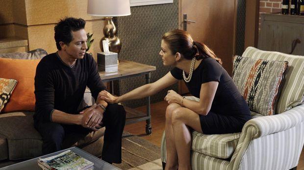 Addison (Kate Walsh, r.) ermutigt Amelia dazu, sich auf die bevorstehende Sch...