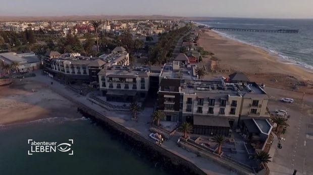Abenteuer Leben - Eröffnung Eines Mega-hotels In Namibia