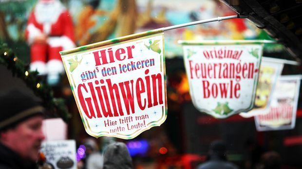 Gluehwein-Weihnachtsmarkt_dpa