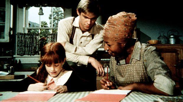 John-Boy (Richard Thomas, M.) bringt Verdie (Lynn Hamilton, r.) Schreiben und...