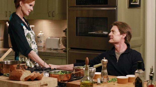 Susan findet heraus, wer der Vater von Julies ungeborenem Kind ist, während O...