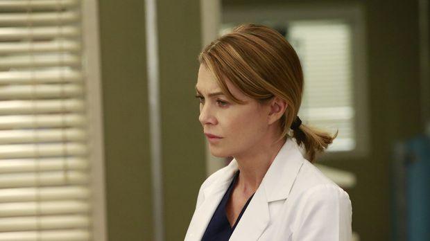 Eine von Merediths (Ellen Pompeo) ersten Patientinnen kommt mit einem Aneurys...
