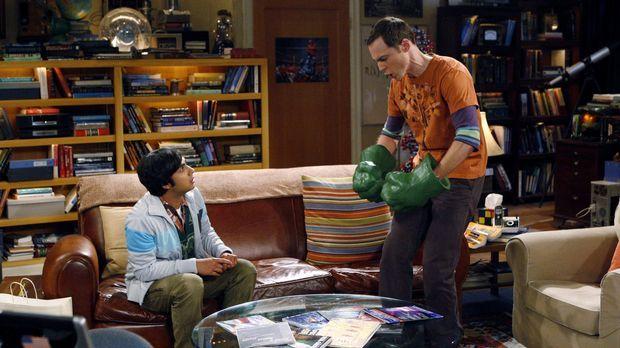 Während Leonard und Howard ein Doppeldate mit Penny und Bernadette haben, beq...