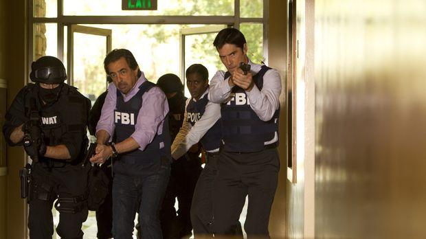 Nachdem das Team den Falschen festgenommen hat, geht die Suche nach dem bruta...
