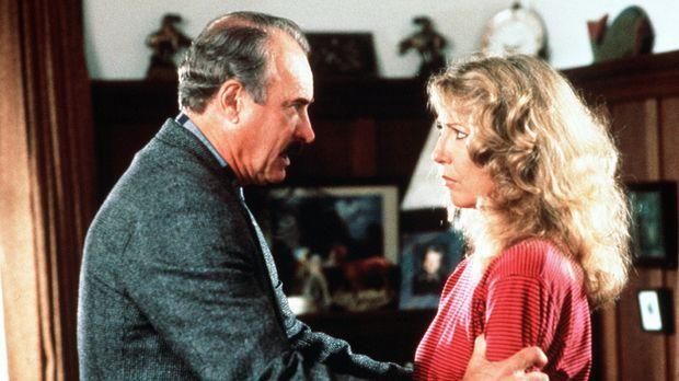Überraschenderweise kommt Burt Simpson (Dabney Coleman, l.) seiner geschieden...