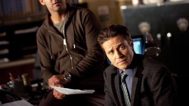 Javier Esposito (Jon Huertas, l.) und Kevin Ryan (Seamus Dever, r.) finden ei...