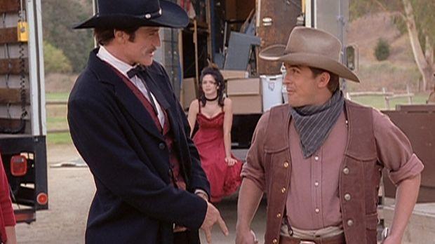 Steve (Barry Van Dyke, l.) und Jesse (Charlie Schlatter, r.) freuen sich ries...