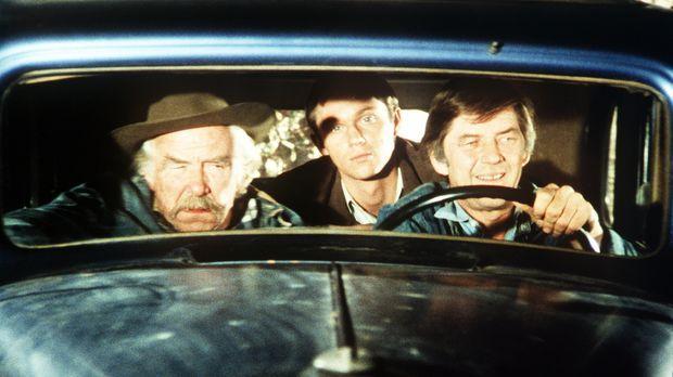 Sam (Will Geer, l.), John-Boy (Richard Thomas, M.) und John Walton (Ralph Wai...