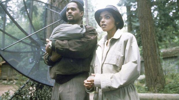 Sherry (Rachel Crawford, r.) und Tim McAllister (Don Franklin, l.) haben nach...