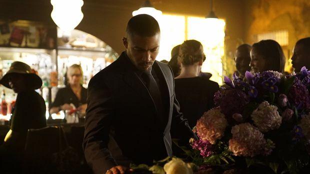 Während Klaus ihm klarmachen will, dass er ein Teil der Familie ist, hat Marc...