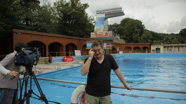 Tim tut's dieses Mal so richtig weh: beim Splashdiving, oder auf gut Deutsch,...
