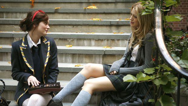 Serena (Blake Lively, r.) hat ihrer Freundin Blair (Leighton Meeser, l.) viel...