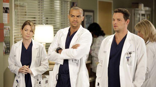 Während Meredith (Ellen Pompeo, l.) und Alex (Justin Chambers, r.) mit Proble...