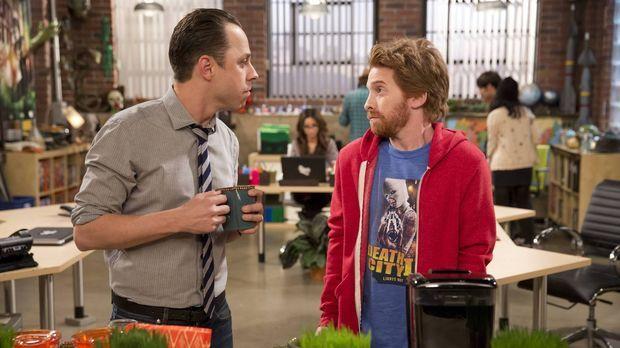 Eli (Seth Green, r.) ist verwundert, dass Warner (Giovanni Ribisi, l.) nun ko...