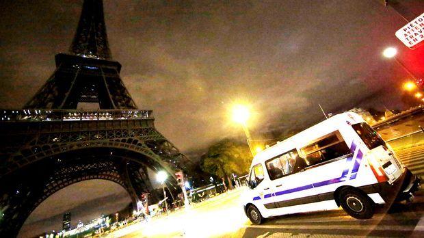 Paris-Eifelturm_dpa