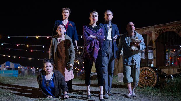 (v.l.n.r.) Suzi (Rose Siggins), Pepper (Naomi Grossman), Eve (Erika Ervin), M...