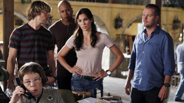 Ermitteln in einem neuen Fall: Hetty (Linda Hunt, vorne), Deeks (Eric Christi...