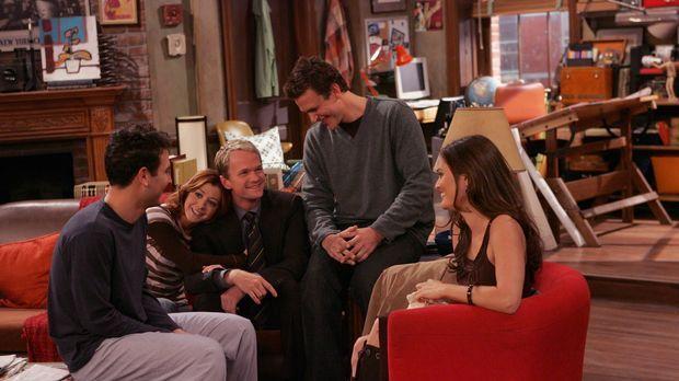 Versuchen den Vorabend zu rekonstruieren: Ted (Josh Radnor, l.), Lily (Alyson...