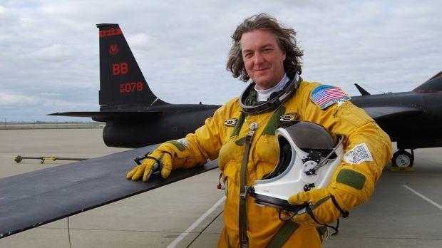 James May - Abenteuer Weltall - Wer träumt nicht davon, mit einer U-2 Maschin...