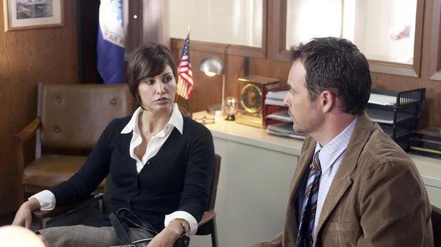 Kaum übernimmt Judith Carr (Gina Gershon, l.) die Bundesagentur für Notfallma...