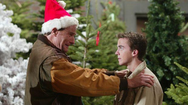 Hal (Bryan Cranston, l.) ist überwältigt, als Malcolm (Frankie Muniz, r.) ihm...