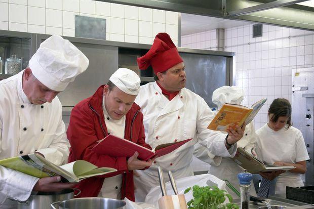 Die dreisten drei die comedy wg 5 sterne koch markus for Koch 5 sterne
