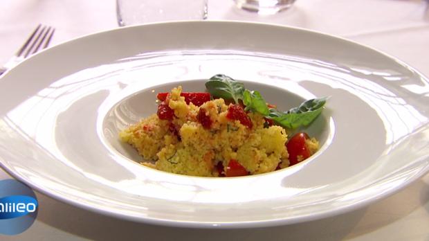 Couscous Salat mit Erdbeeren