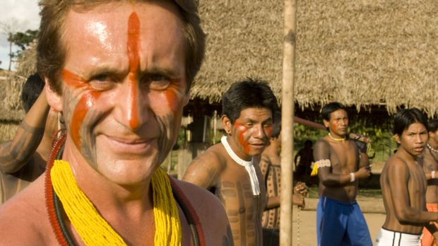 Im brasilianischen Bundesstaat Pará endet Bruce Parrys (l.) Amazonas-Abenteue...
