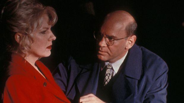 Linda Bowman (Diana Scarwid, l.) , die Frau eines ermordeten Staatsanwaltes,...
