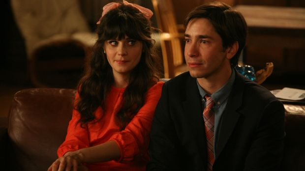 Jess (Zooey Deschanel, l.) hat sich in Paul (Justin Long, r.), einen Musikleh...
