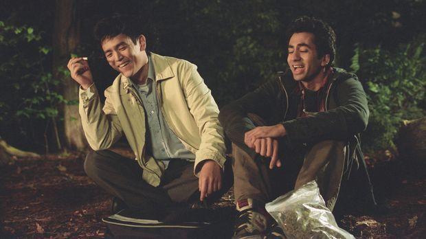 Harold (John Cho, l.) und Kumar (Kal Penn, r.) haben eine große gemeinsame Le...
