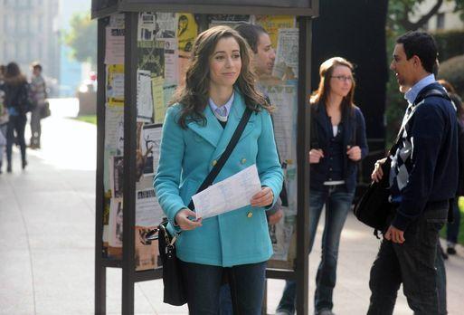 farhampton inn Sábado a las 10 pm (20 horas antes de la boda): marshall se encuentra en camino al farhampton inn cuando se encuentra con la madre en medio del camino.