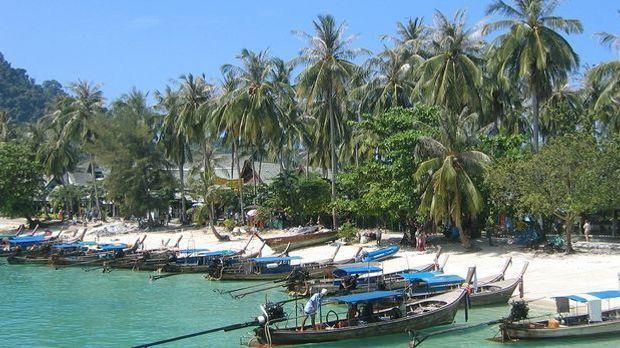 Thailand Strand Palmen Pixabay
