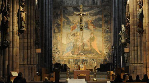 Fastentuch Kirche Münster_dpa