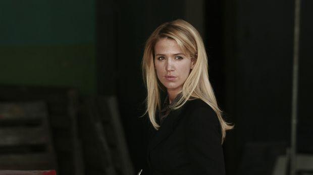 Samantha (Poppy Montgomery) will einen neuen Fall lösen ... © Warner Bros. En...