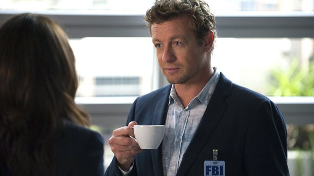 Jane (Simon Baker) muss den Mord an einem Studenten der Wirtschaftswissenscha...