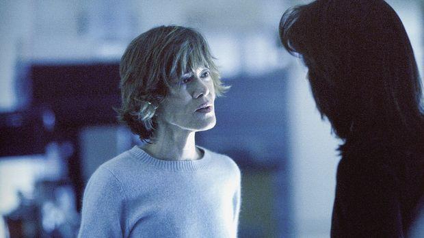 Es gelingt Doggett, über Audrey (Tracey Ellis, l.) Kontakt zu Monicas (Annabe...