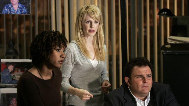 Cold Case - Kein Opfer ist je vergessen - Lilly Rush (Kathryn Morris, M.) öff...