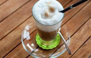 Latte Macchiato in Glas