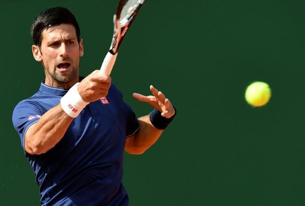 Djokovic schlägt Simon und steht im Achtelfinale