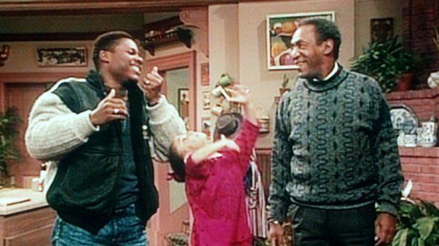 Oilvia (Raven Symone, M.), Theo (Malcolm-Jamal Warner, l.) und Cliff (Bill Co...