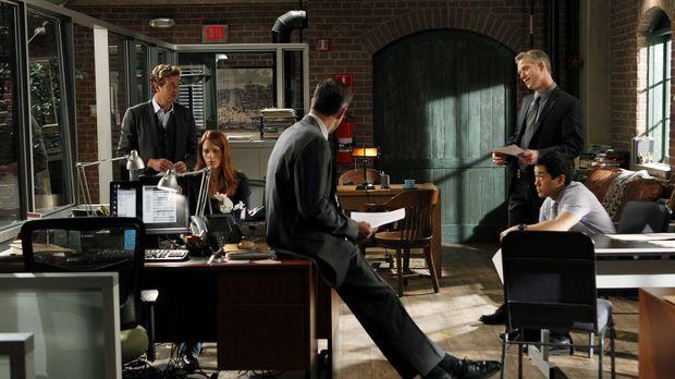 Der letzte Beweis: Patrick Jane (Simon Baker, l.), Grace Van Pelt (Amanda Rig...