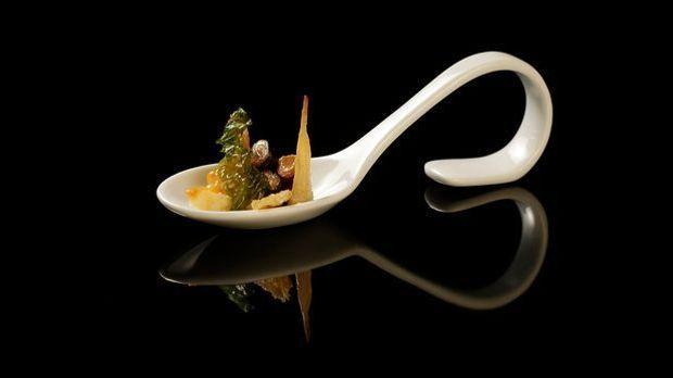 The-Taste-Stf01-Epi04-2-Entenmuscheln-Stella-Igl-02-SAT1